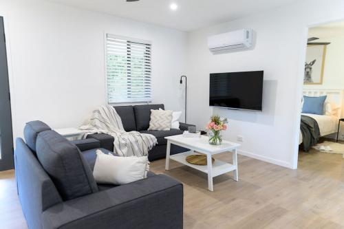 Figtree Cottage - Lounge